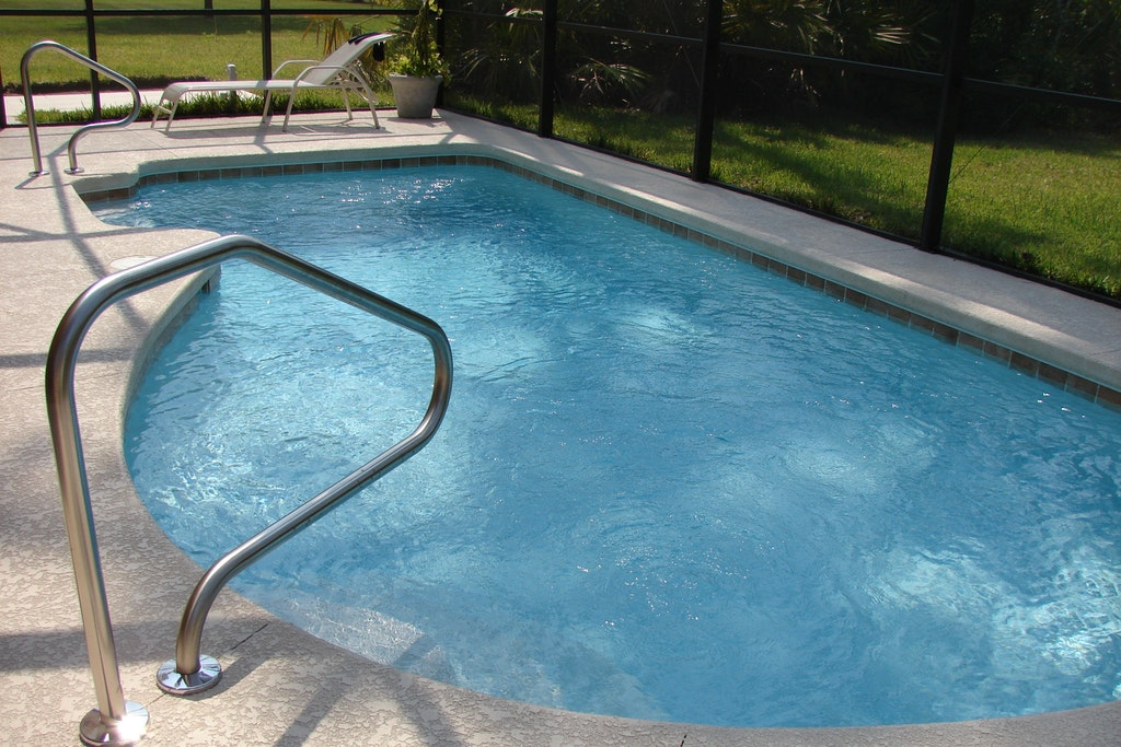 Pool Cleaning Company   Oldsmar   Triangle Pool